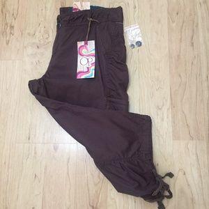 OP Women Size 15 Brown Capri Cargo Pants NWT